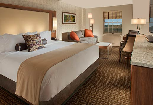 North Conway Grand Hotel, New Hampshire - King with Sleeper Sofa